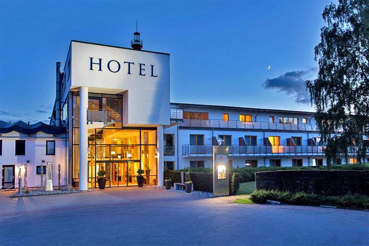 Hotel 4 Jahreszeiten Zingst Angebote Buchung Infos